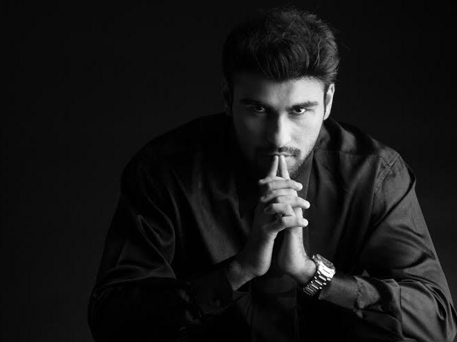 Aarya Babbar, fiction novel, Bigg Boss 8