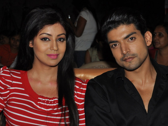 Happy couple, Gurmeet choudhary, Wife, debina