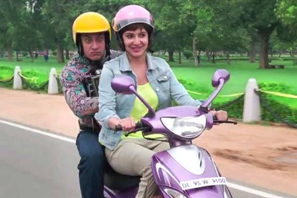 Movie Review, Aamir Khan, Anushka Sharma, PK, Movie