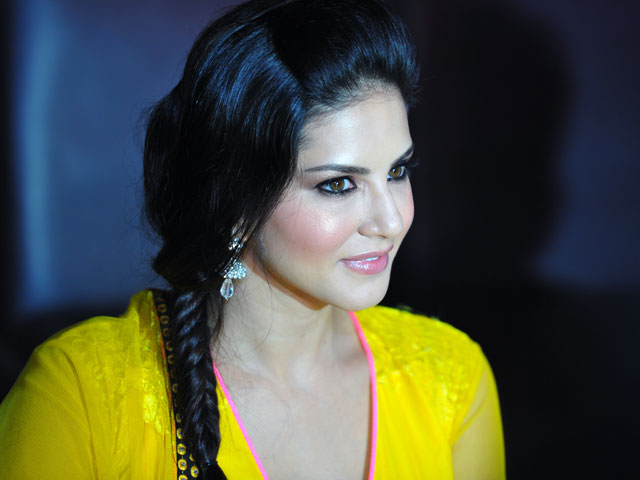 Sunny Leone, Bollywood movies, Bold, pictures, videos