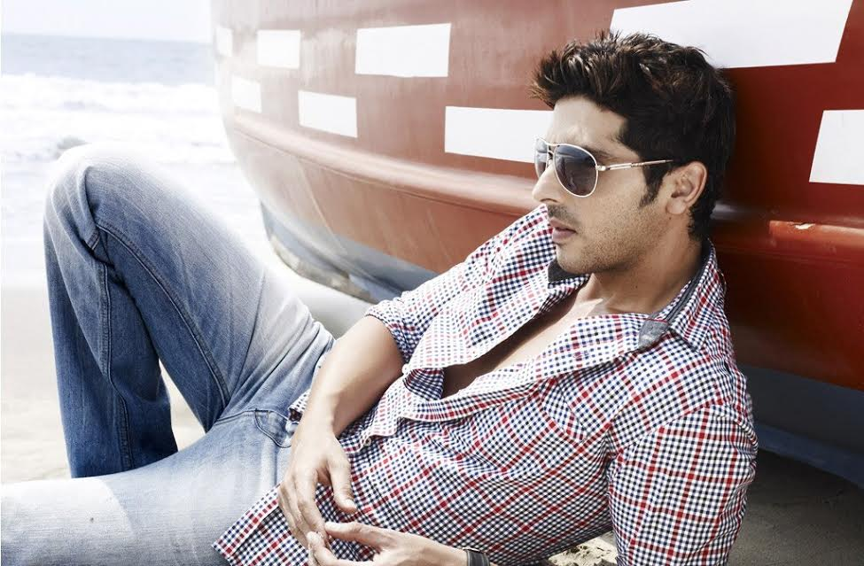 zayed khan height