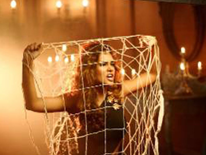 Esha Gupta, movie, Baby, song, Beparwah