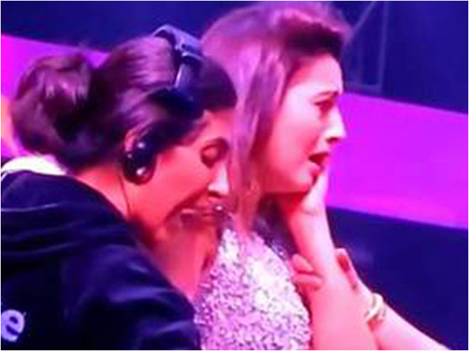 Bigg Boss 7 winner, Gauhar Khan, paid, slap, Akhil Malik