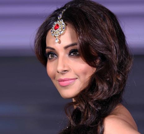 Bipasha Basu, Amitabh Bachchan, sexy
