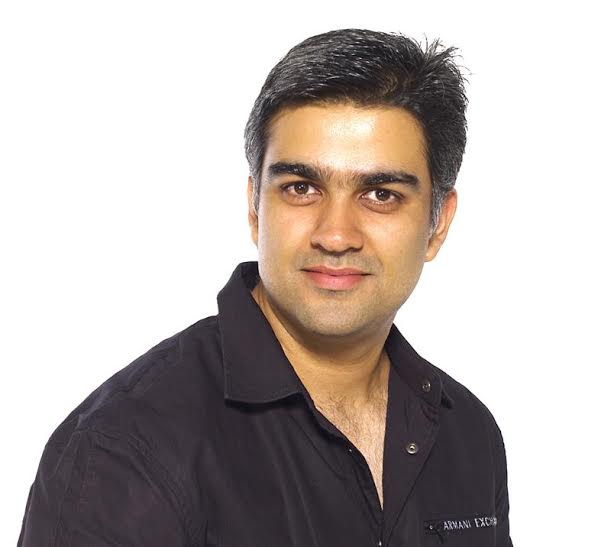 Siddharth Malhotra, Director, complaint, pictures, actresses