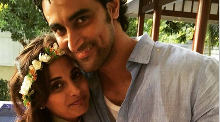 Kunal Kapoor, Naina Bachchan, marriage, picture, social networking