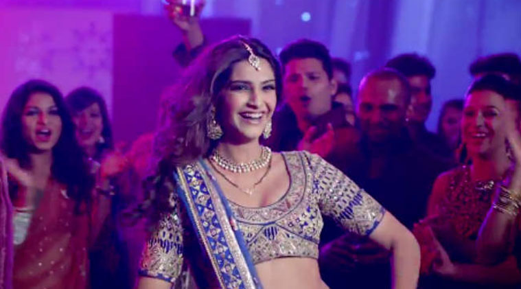 Sonam Kapoor, movie, Dolly Ki Doli, Pakistan