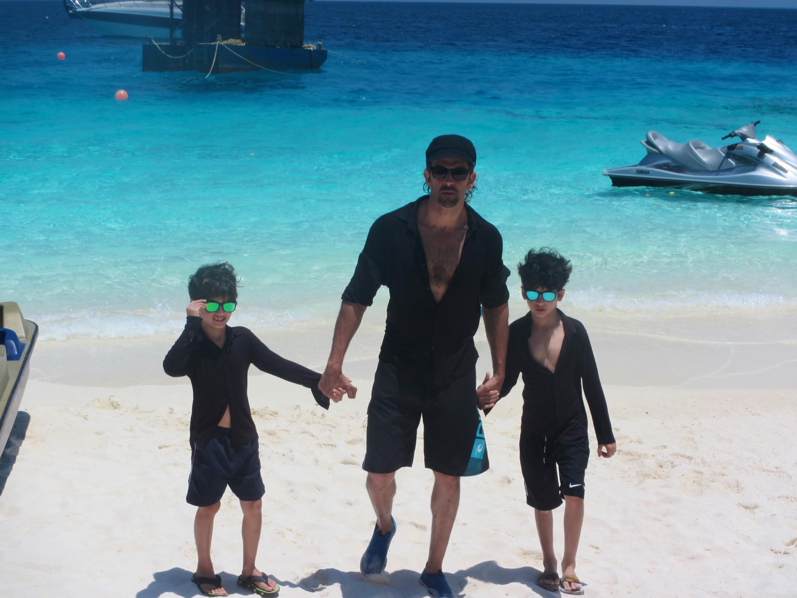 Actor Hrithik Roshan has fun with sons, mother and sister in