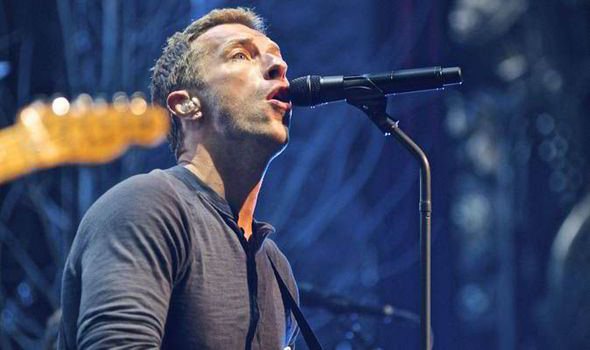 Singer, Chris Martin, Girl Friend