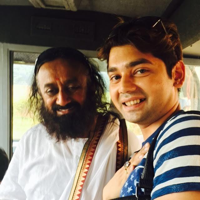 Vivek Mishra, Yoga guru, Sri Sri Ravishankar