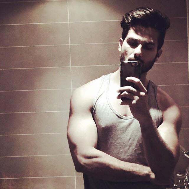 Shahid Kapoor, father