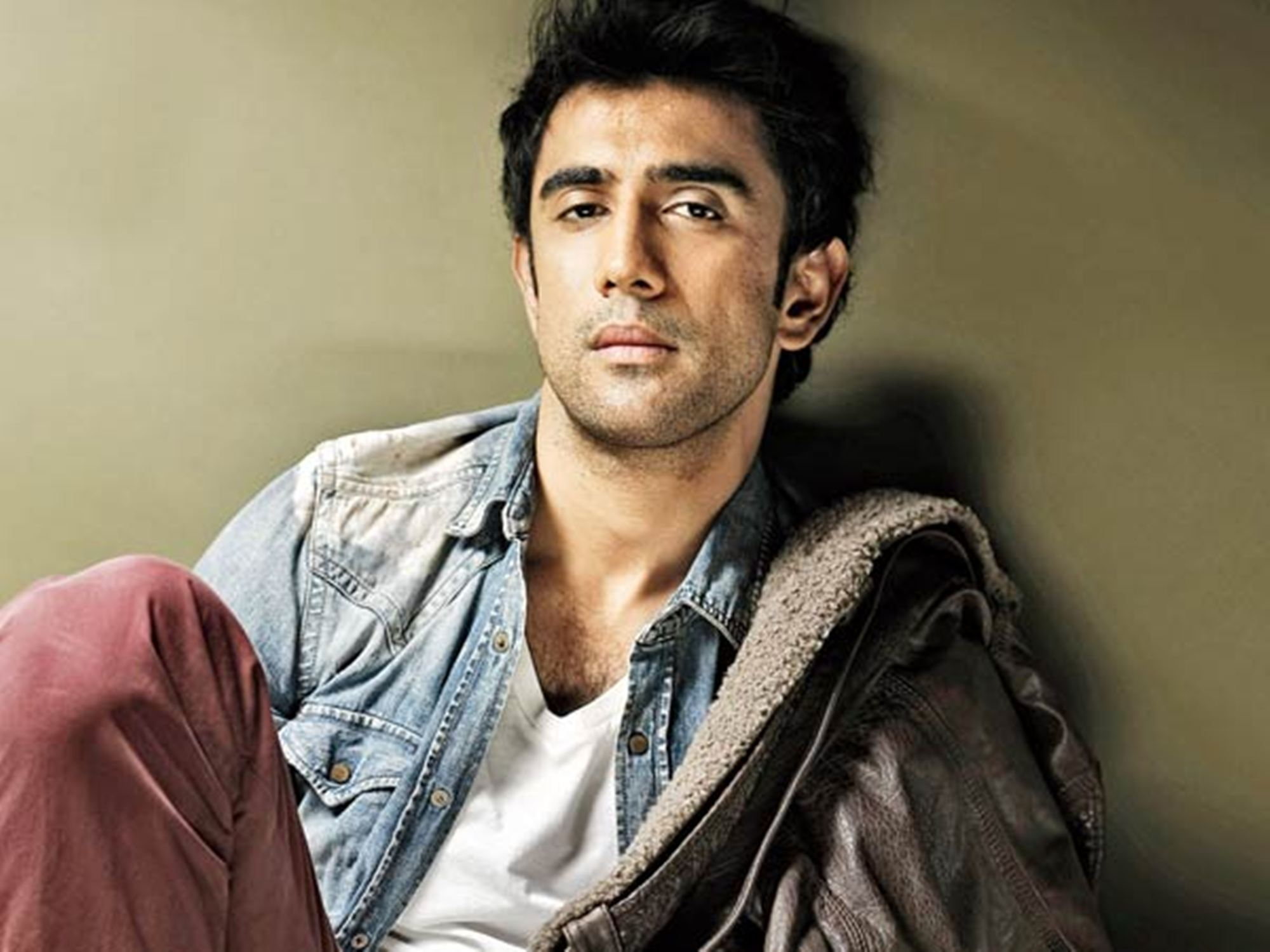 Amit Sadh, rifle shooting, Gagan Narang