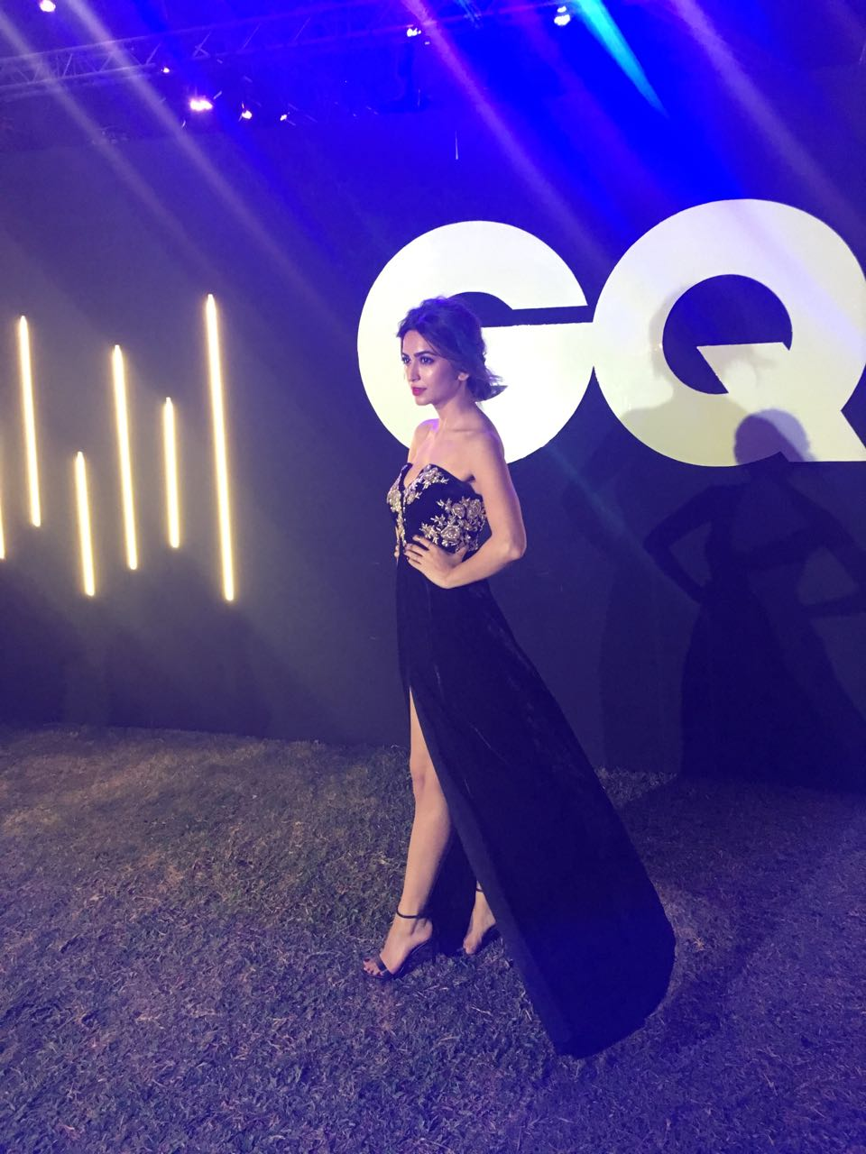 Kriti Kharbanda, stuns, Rozina Vishram, black velvet gown, GQ Fashion Nights