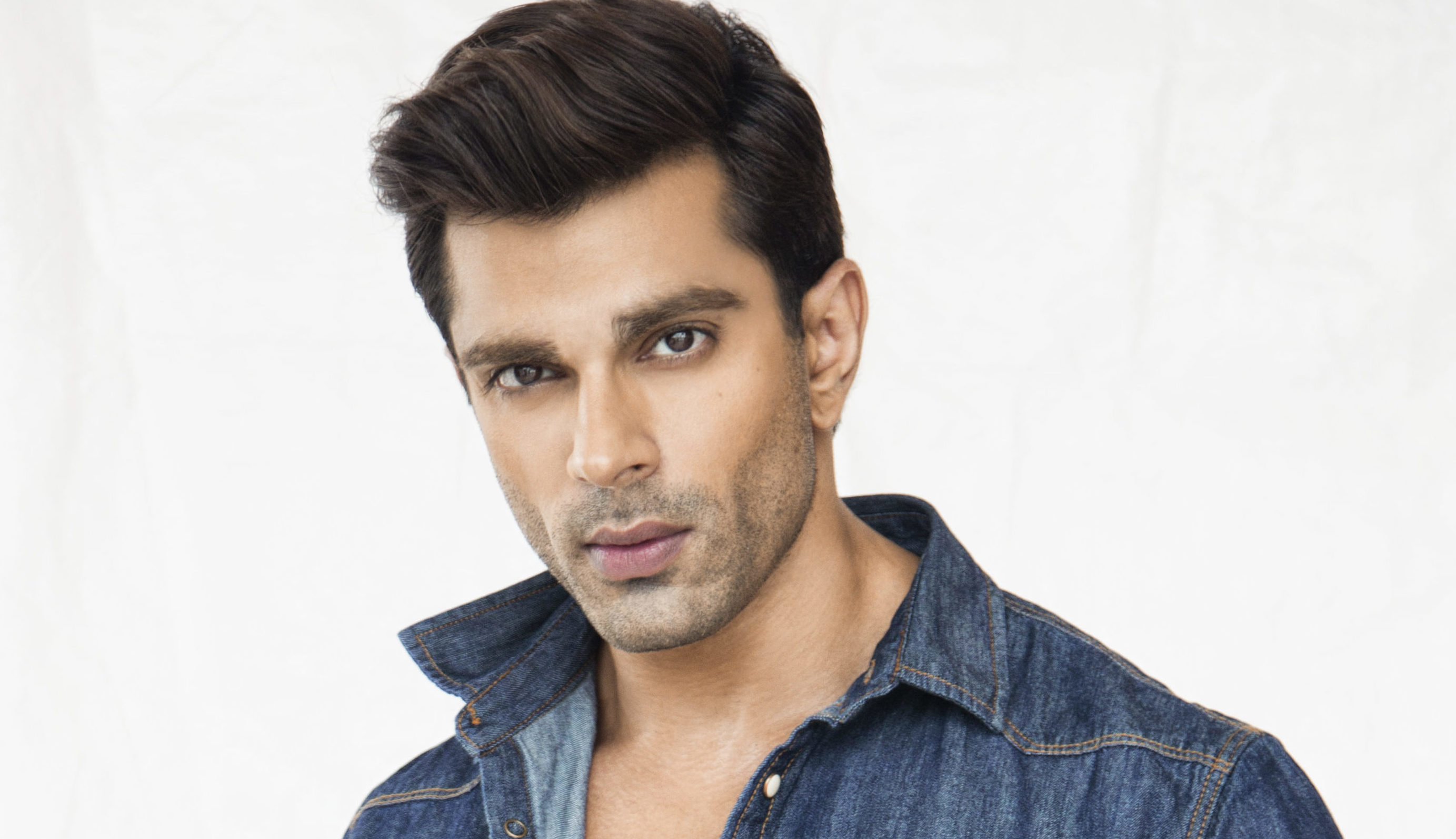 Karan Singh Grover To Launch His Own Clothing Line