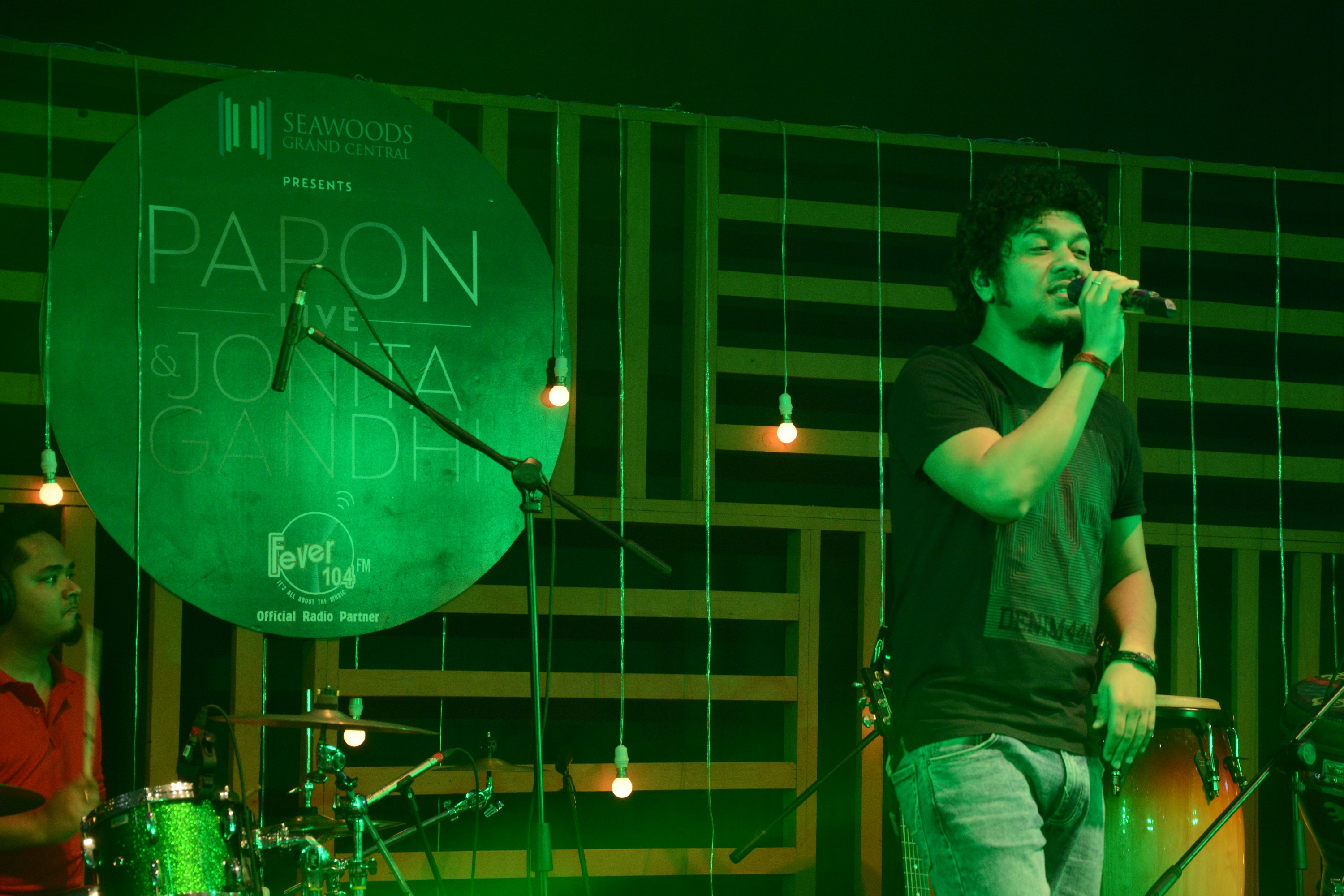 Seawoods Grand Central Mall, Navi Mumbai's,first,Unplugged,LIVE,event,Papon,Jonita Gandhi