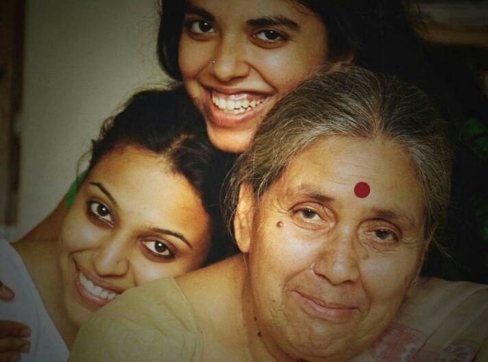 Swara Bhaskar,celebrates,birthday,grandmother