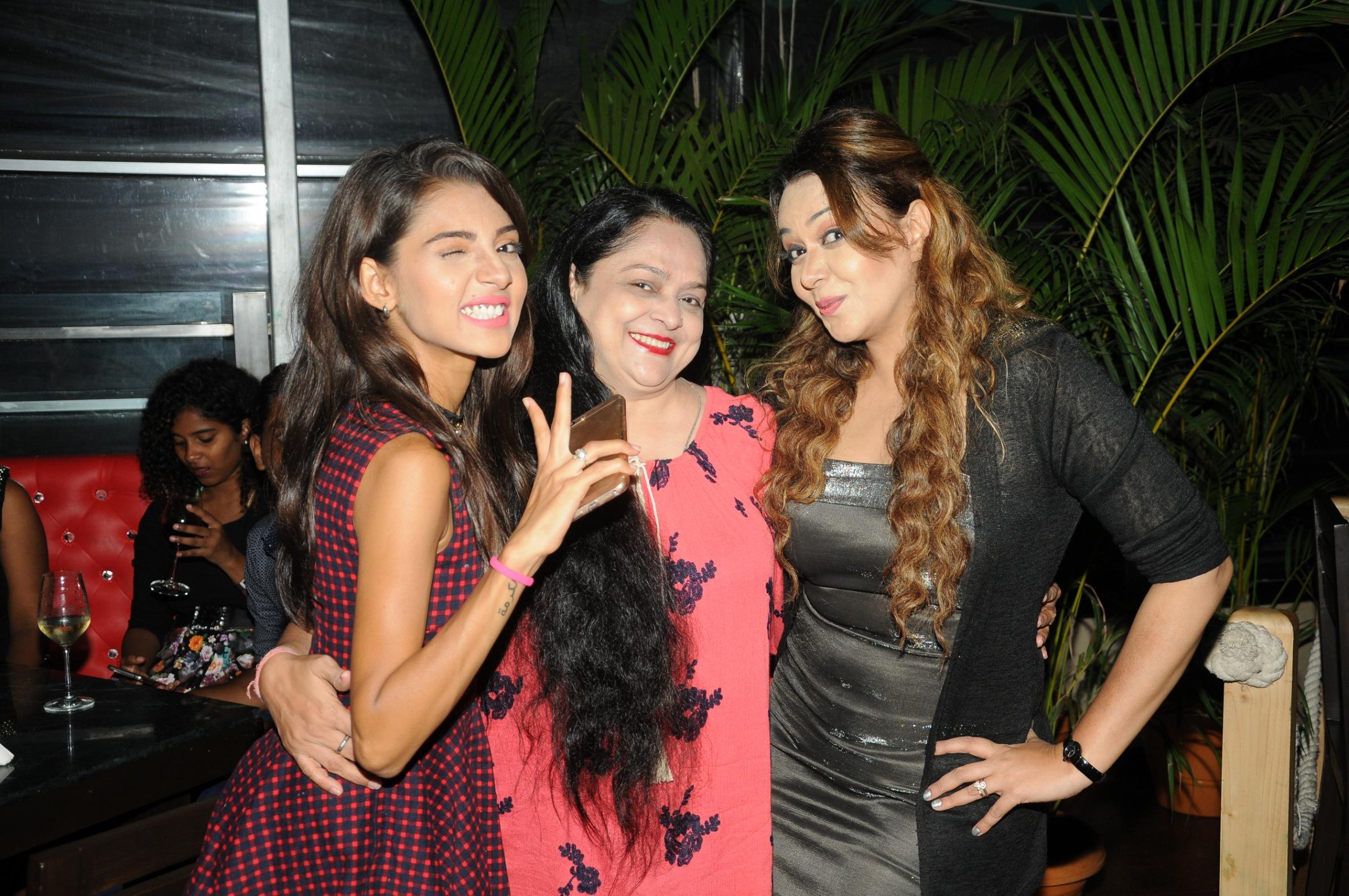 "Telly star,Roma Navani, birthday,""Tubelight"" style, Salman Khan"