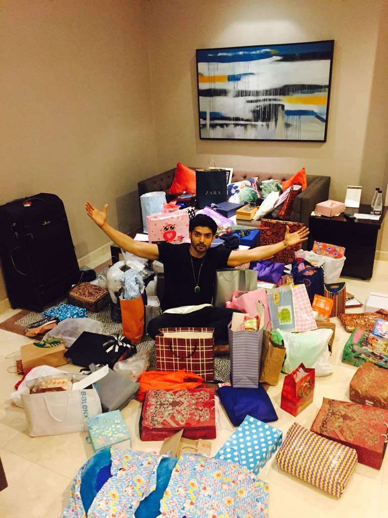 Gurmeet Choudhary,mobbed by fans,Indonesia