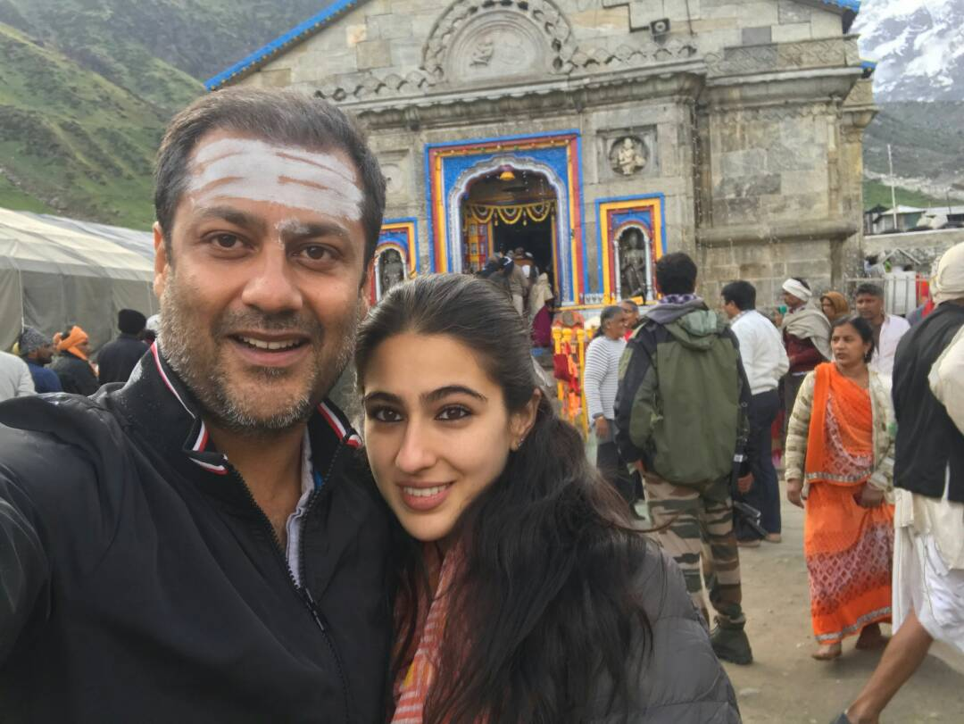Abhishek Kapoor,Sara Ali Khan,travels,Kedarnath mandir,blessings