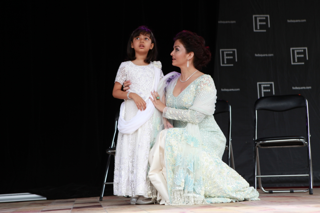 Aaradhya and Aishwarya Rai Bachchan at IFFM 2017 flag hoisting ceremony.