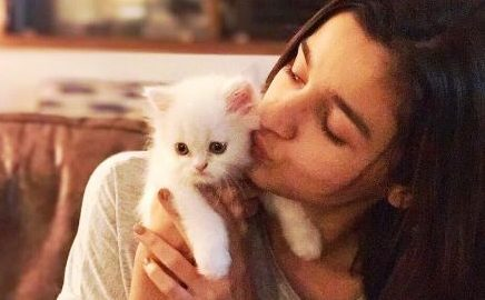 Alia Bhatt, international cat day