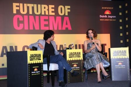 Kangana Ranaut discussing with Mayank Shekhar at Jagran Cinema Summit