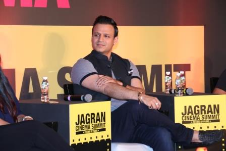 Vivek Oberoi talking at the Jagran Cinema Summit