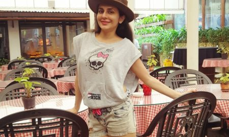 Actress Roop Durgapal celebrates birthday in Lonawala