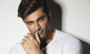 Karan Singh Grover, action mode, Firkee