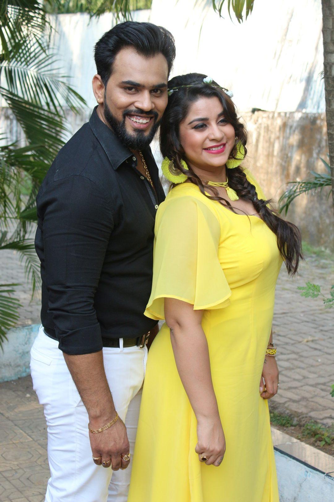 Anara, Karan Singh Prince,Teri Photo