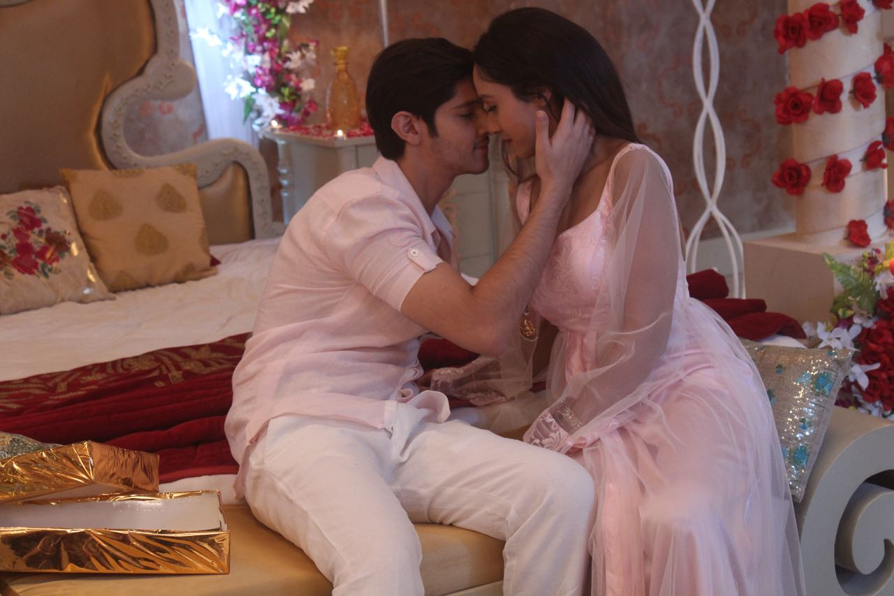 Rohan Mehra, honeymoon, Sasural Simar ka