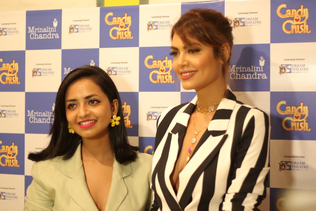 Dream Theatre, Mrinalini Chandra, Esha Gupta, Candy Crush Jewellery
