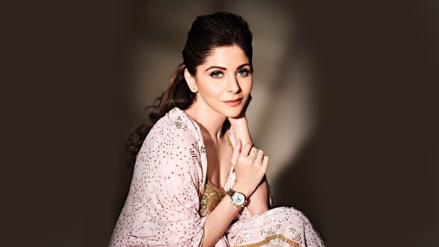 Kanika Kapoor, the only Indian singer to be invited to ...