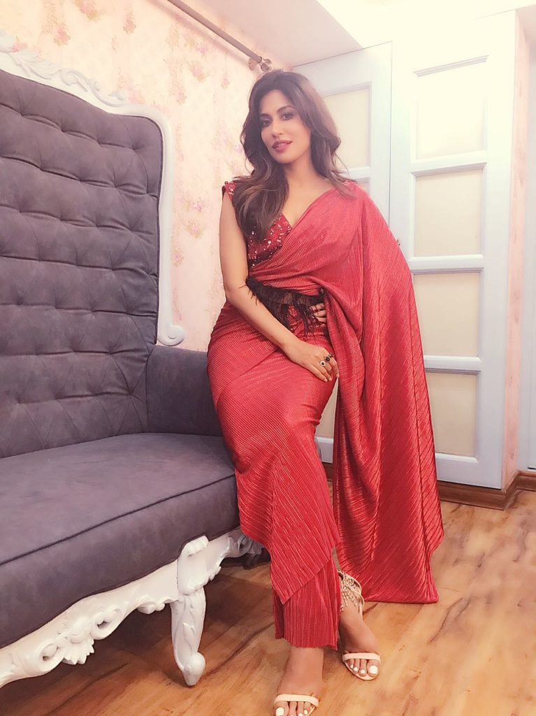 Pics, Chitrangada Singh, red saree